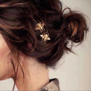 🐝 2pk Gold Bee Hair Pin Set 🐝